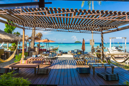 Beach bar at tropical island, Luxury beach resort Foto de archivo