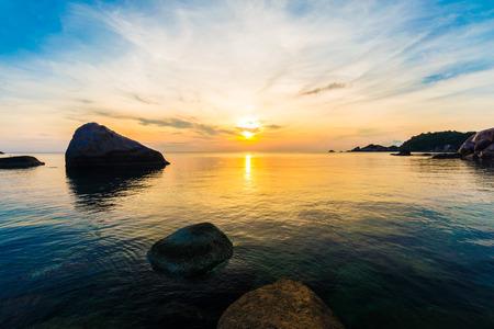 koh tao: Tropical beach at sunrise, Koh Tao, Thailamd