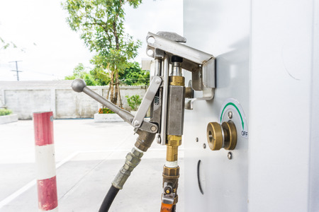 Alternative refuel fuel power LPG in pump, Gas pump nozzles