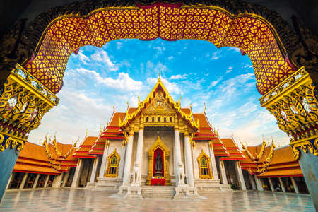 Marmor buddhistischer Bangkok Wat Benchamabophit Tempel Abend Sonnenuntergang Himmel mit Wolke, Thailand