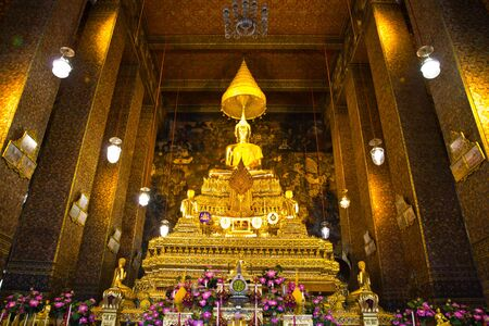 The Buddha in Wat Pho photo