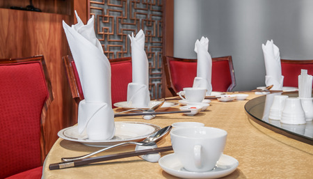 Chinese restaurant table setting photo
