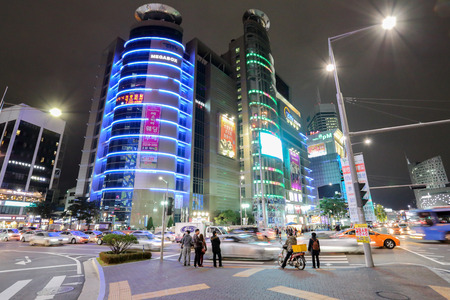 october 31: SEOUL, SOUTH KOREA - October 31, 2014 : Dongdaemun at night. The location is the premiere for shopping. Photo taken on October 31 , 2014 in Seoul, South Korea.