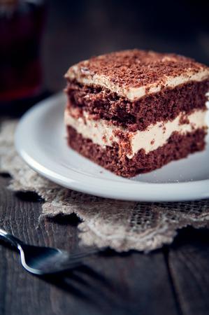 custard slice: Chocolate pie with walnut cream