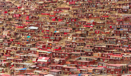 Monastery at Larung gar (Buddhist Academy), Sichuan, China.