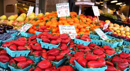 city fish market: Fresh Fruits at Pike Place Market, Seattle, WA