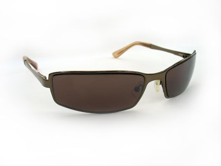 unisex: Algunas gafas de sol unisex marr�n aisladas en blanco. Foto de archivo