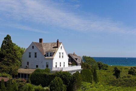 Sommer-Immobilien befindet sich von der wunderschönen Küste entfernt.