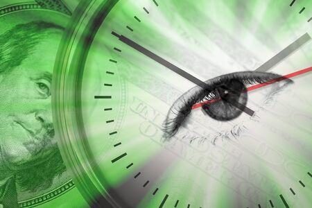 """optometria: Koncepcyjne montage wrażeÅ"""" wokół pieniÄ™dzy z zegarem i oko w Å›rodku tarczy. Zdjęcie Seryjne"""