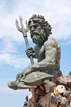 neptun: Eine gro�e �ffentliche Statue von K�nig Neptun, die alle zu VA Beach in Virginia USA begr��t. Lizenzfreie Bilder