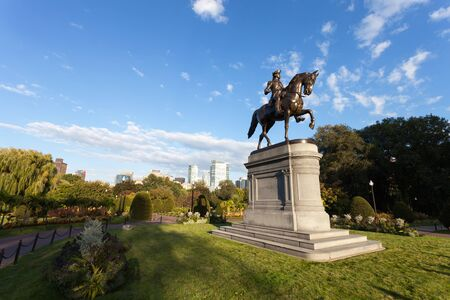 george washington statue: Boston Massachusetts George Washington statue located in the Public Garden.
