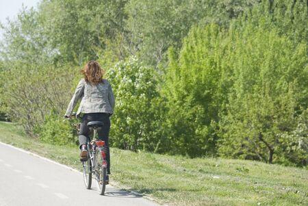 unrecognizable: Cycling - copy space
