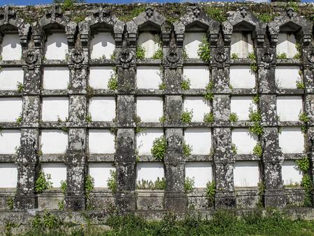 tumbas: Ancient tombs in Bonaval cemetery in Santiago de Compostela, Spain Foto de archivo