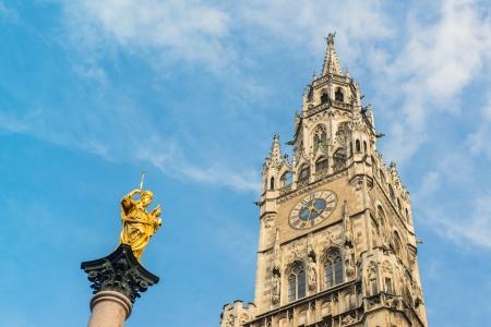 Munchen New Town Hall  Marienplatz   photo