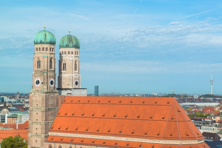 frauenkirche: Luftaufnahme der Frauenkirche M�nchen
