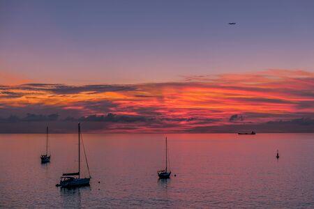 les Trois-Ilets, Martinica, FWI - Atardecer en Anse Mitan