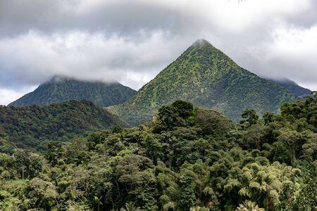 Martinique, FWI - Carbet Mountains Foto de archivo