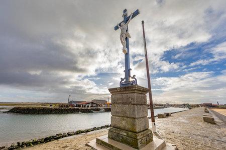 Cross of Larros Harbor jetty in Arcachon Bay - Gujan-Mestras, Aquitaine, France