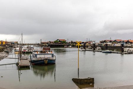 Gujan Harbor in Arcachon Bay - Gujan-Mestras, Aquitaine, France Editoriali