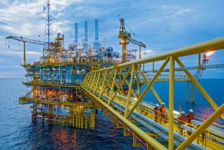 plataforma petrol�fera: Petr�leo y gas plataformas de transferencia