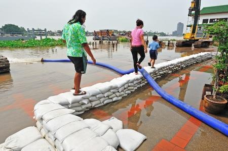 NONTABURI, THAILAND - OCTOBER 26: Heavy flooding from monsoon rain and tide from sea in Nontaburi near Bangkok on November 8, 2009 in Nontaburi, Thailand.