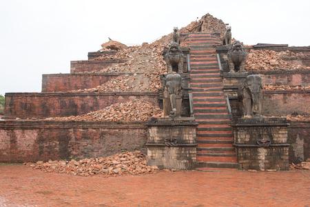 quake: KATHMANDU, NEPAL - APRIL 30, 2015: The debris of buildings in the Bhaktapur city, 20km from the capital Kathmandu Editorial
