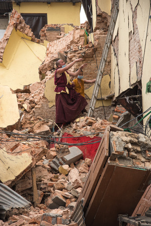 quake: KATHMANDU NEPAL  MAY 1 2015: Swayambhunath damaged after the major earthquake on 25 April 2015. Editorial