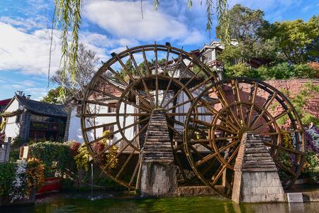 molino de agua: Watermill in Lijiang, Yunnan, China.It is the Lijiang old town signs.