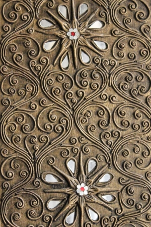antique furniture:  Thailand pattern style