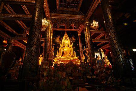 thai monk: Gold of Thai monk