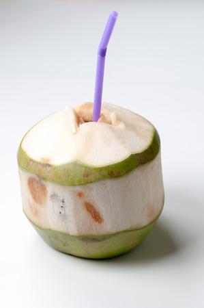 coco: De coco en el fondo blanco Foto de archivo
