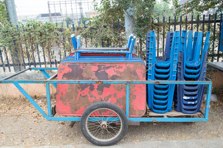 Thai wheelbarrow tricycle Standard-Bild