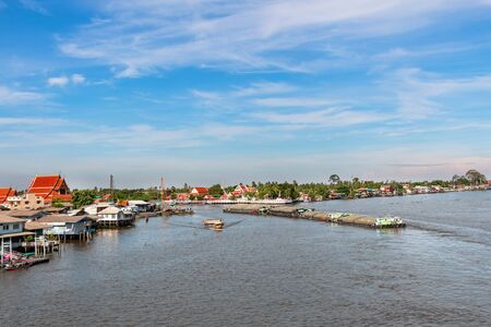 View of transportation with lifestyle in Chao Phraya river, Nonthaburi, Thailand. Reklamní fotografie - 136918549
