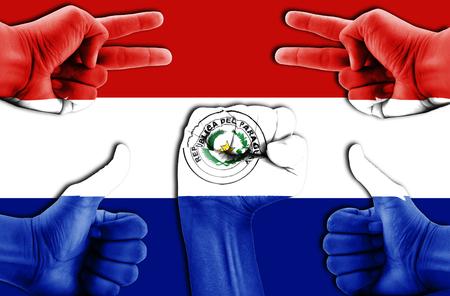 bandera de paraguay: manos en Paraguay fondo de la bandera