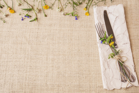 Flower table setting copy space background, toning, selective focus 版權商用圖片 - 51502310