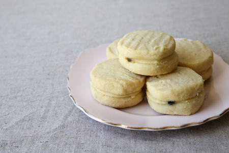 biscuits: passionfruit melting moments shortbread biscuits
