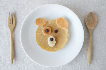 Dog pancake breakfast, fun food art for kids 版權商用圖片