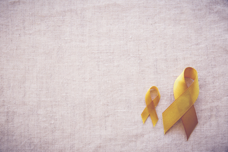 gele gouden linten, sarcoom bewustzijn, botkanker, leverkanker, blaaskanker, bewustzijn van kinderkanker