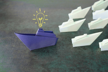 Origami paper ships, change business concept Banque d'images