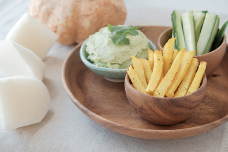 Baked Jicama fries with avocado dip, ketogenic food Zdjęcie Seryjne