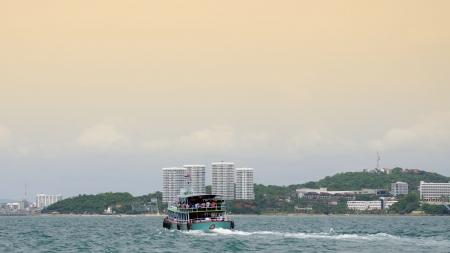 Shuttle boat to pattaya from Koh Lan, Thailand