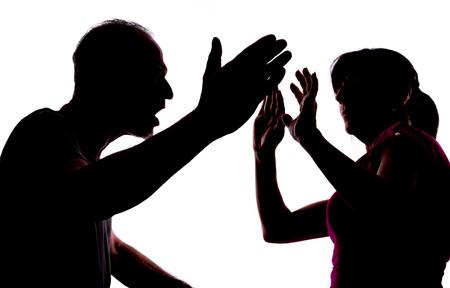 Silhouette montrant la violence domestique Banque d'images - 46184702