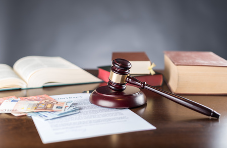 Judge gavel with contract and cash money (random english dummy text used) Stok Fotoğraf