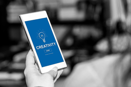 Smartphone screen displaying a creativity concept Banque d'images - 119218172