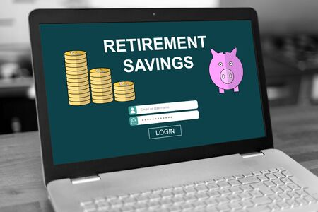 Laptop screen with retirement savings concept 免版税图像
