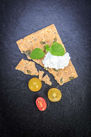 chees: the breakfast with tomatos, chees and a crispbread