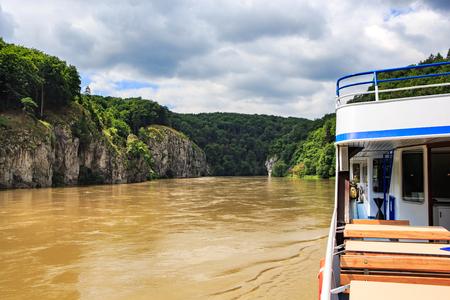 regensburg: REGENSBURG, BAVARIA, GERMANY - JULY 24, 2015: Danube river near Regensburg