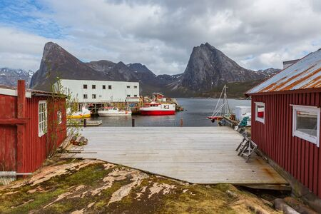 The landscape view of Senja Island by Rodsand beyond the Polar Circle in Norway Imagens