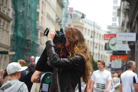 nice female photographer in the beautiful city of Vienna