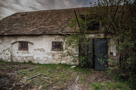 abandoned farmhouse abandoned farmhouse: old abandoned farmhouse Stock Photo